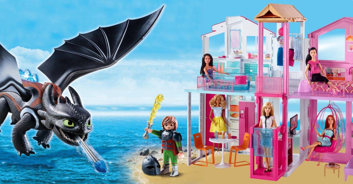 Playmobil Weihnachtsbaum.Barbie Und Playmobil Dragons Geschenke Unter Dem Weihnachtsbaum