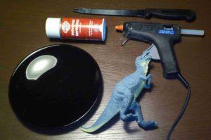 Utensilien für die Dino Etagere