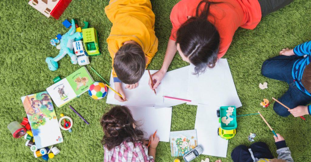 Spielende Kinder - Kindertag 2018