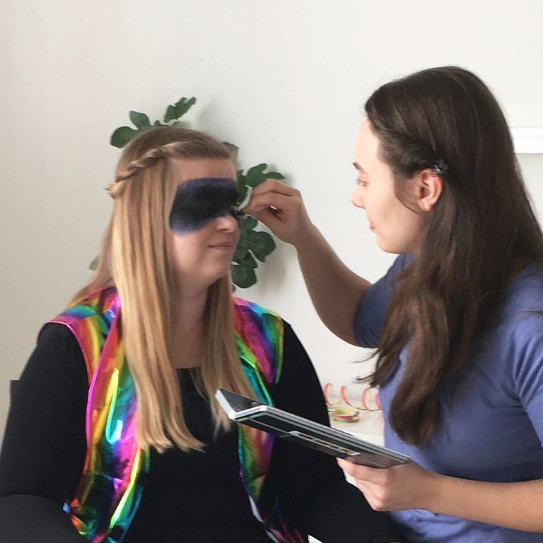 Schminkanleitung für Galaxy Makeup - Schritt 2