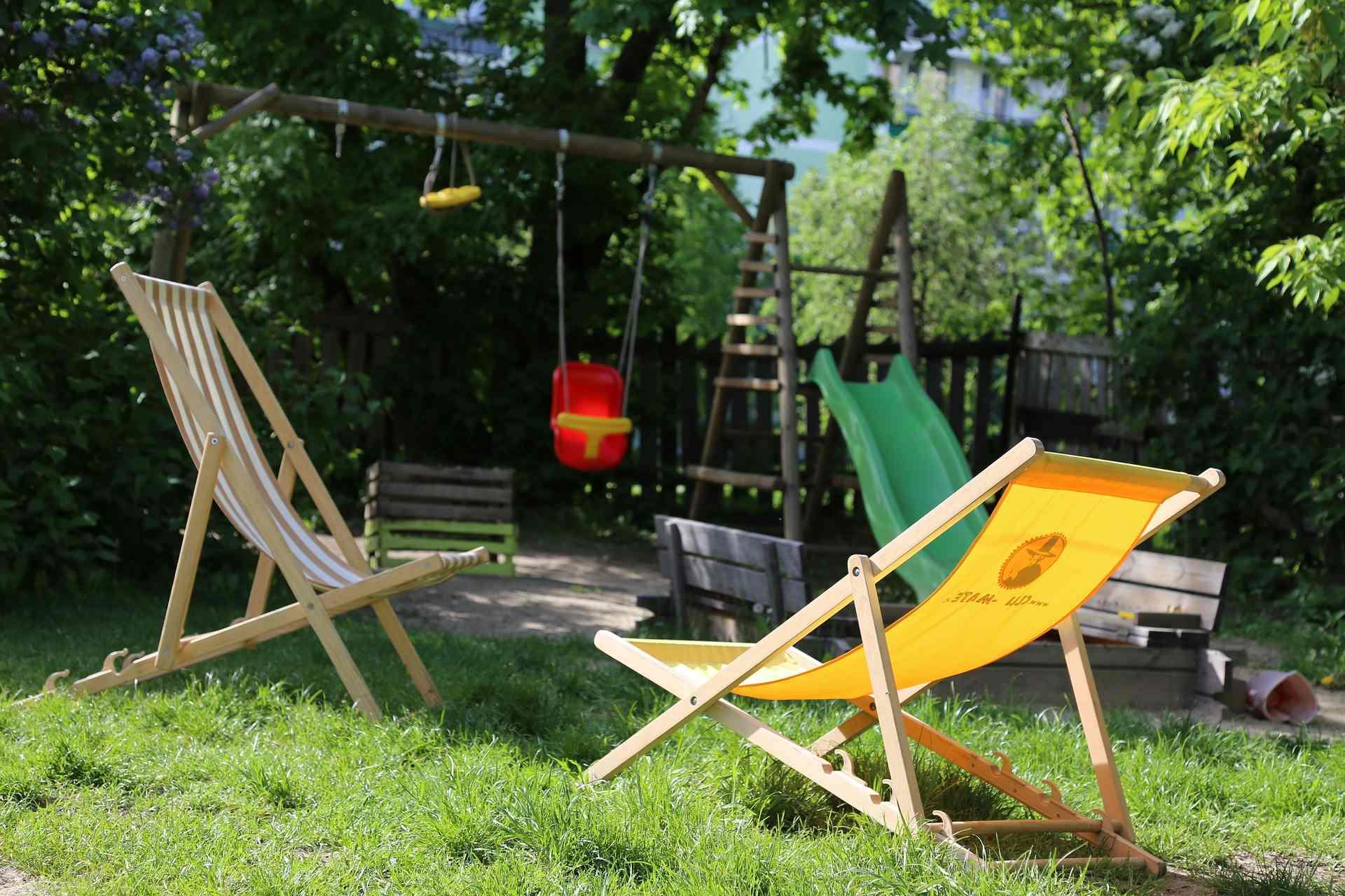 Ein Klettergerüst im Garten montieren
