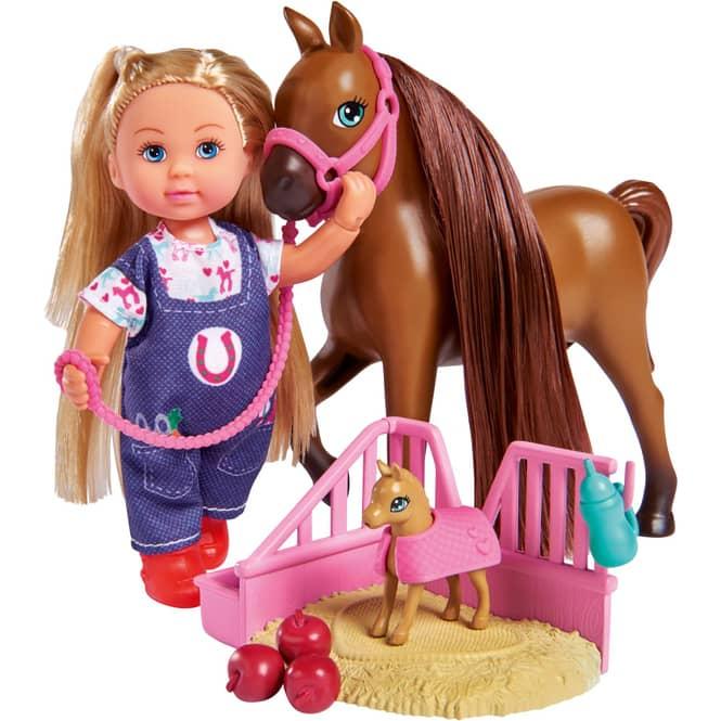 Evi Love - Doktor Evi mit Pferdemama und süßem Fohlen