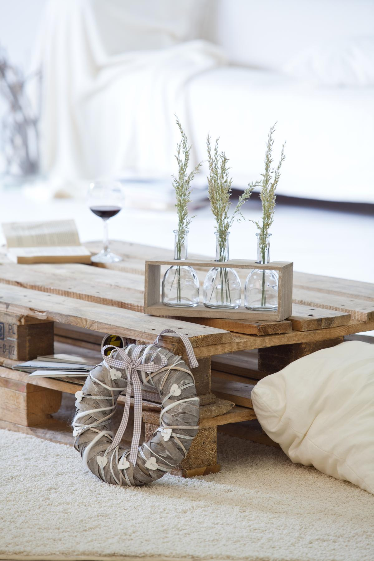 3 deko vasen im holzgestell g nstig online kaufen. Black Bedroom Furniture Sets. Home Design Ideas
