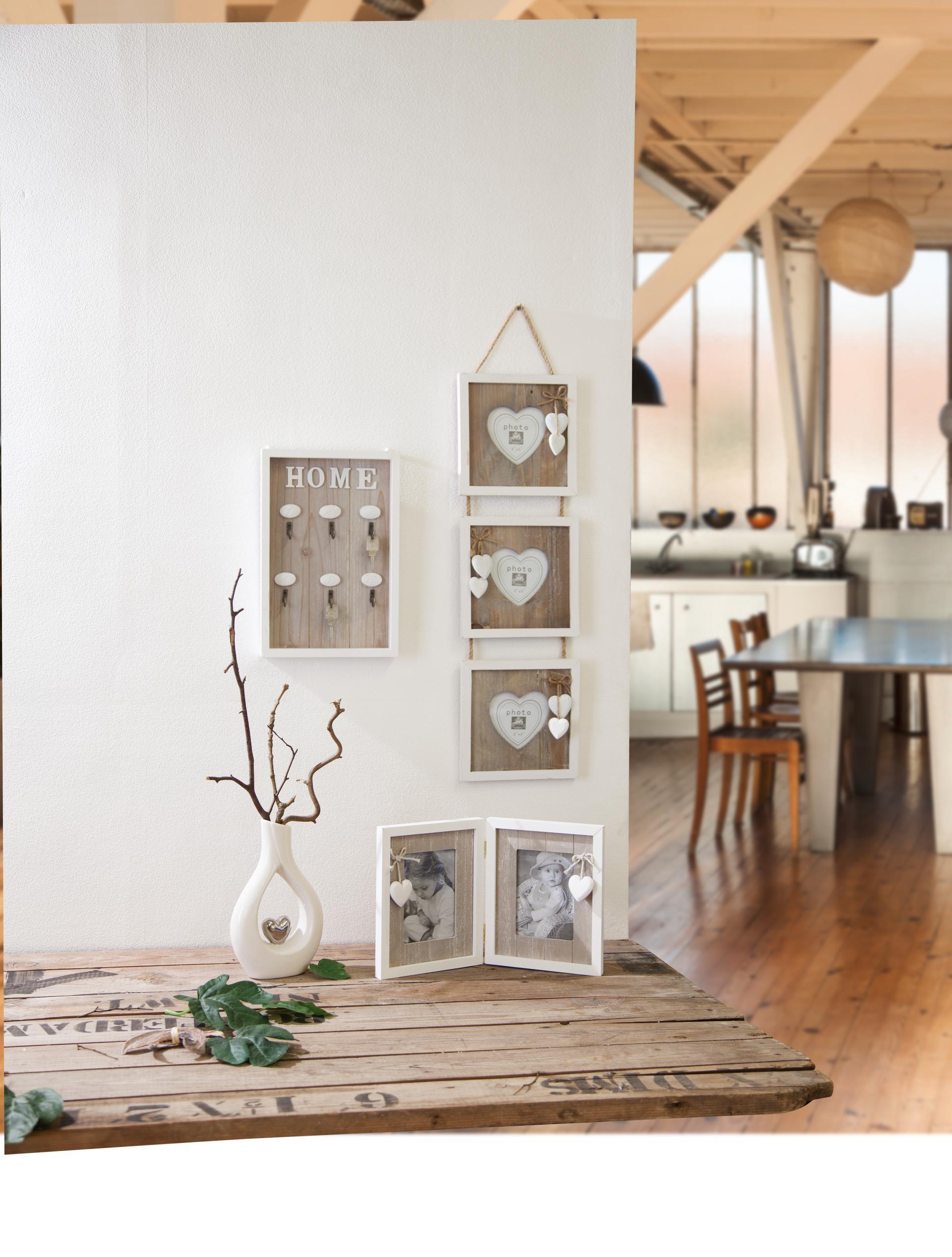 h nge bilderrahmen f r 3 fotos 7 5x7 5 cm aus holz 18x2x70 cm g nstig online kaufen. Black Bedroom Furniture Sets. Home Design Ideas